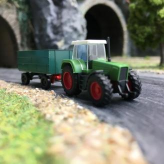 Tracteur Fendt Favorit + remorque-N 1/160-WIKING 096002
