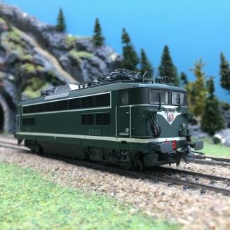 Locomotive BB17013 Archeres SNCF Ep IV-HO 1/87-R37 41058