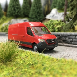 Mercedes Sprinter Long Rouge-HO 1/87-BUSCH 52601