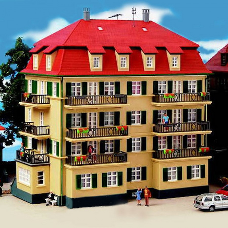 Immeuble avec balcon-HO-1/87-KIBRI 38354