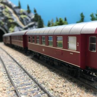 3 voitures 2CL de banlieue DB-HO 1/87-TRIX 23312 DEP103-457