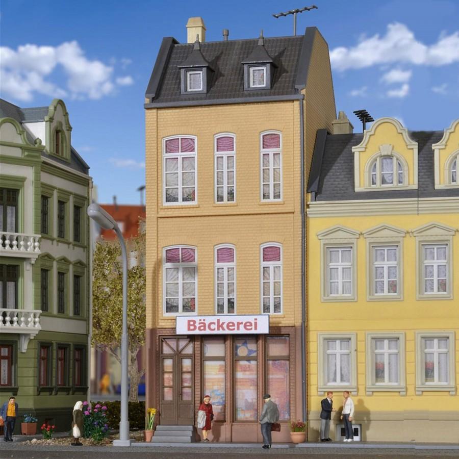 Maison de ville avec commerces-HO-1/87-KIBRI 38393
