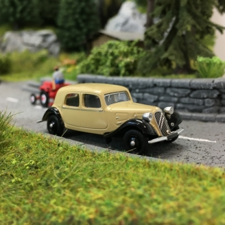 Citroën Traction 11A 1935-HO 1/87-SAI 6161