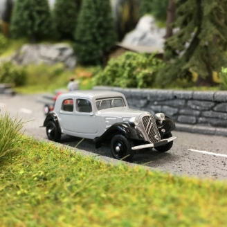 Citroën Traction 11A 1935-HO 1/87-SAI 6163