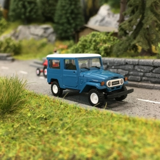 Toyota BJ-40 Land Cruiser - Bleu-HO 1/87-BUSCH 43033