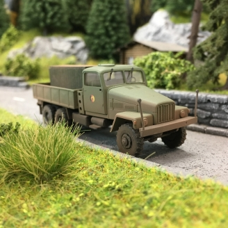 """Camion Militaire IFA """"NVA"""" + Chargement-HO 1/87-BUSCH 51512"""