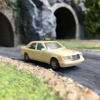 Mercedes Classe E Taxi-HO 1/87-HERPA 94184