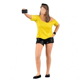 Fille prenant un selfie avec lumière Flash-HO 1/87-VIESSMANN 1551