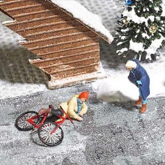 La chute du cycliste sur la glace-HO 1/87-BUSCH 7856