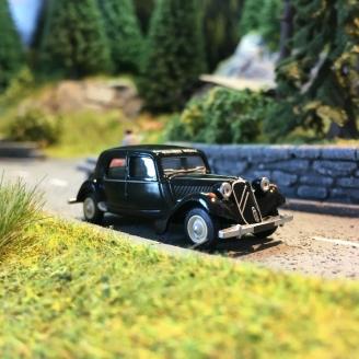 Citroën Traction 11B 1952-HO 1/87-SAI 6112