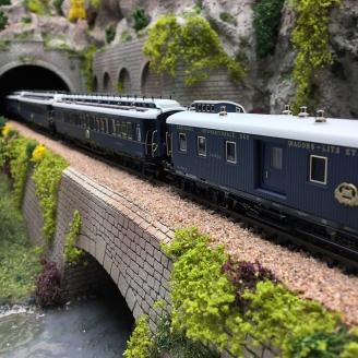 Coffret 5 voitures Simplon-Orient Express ep II digital son 3R  -HO 1/87-MARKLIN 42790