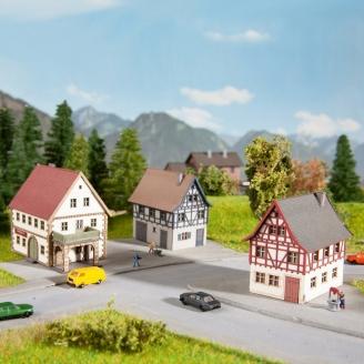 Set de 3 petites maisons-Z 1/220-NOCH 44310