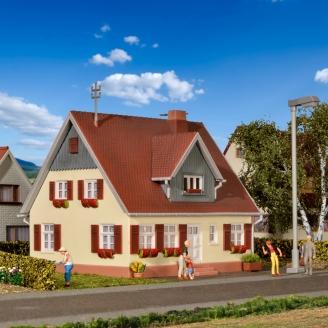 Grande maison individuelle-HO 1/87-KIBRI 38713