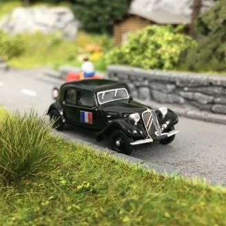 """Citroën Traction 11A 1935 """"Drapeau Français avec Croix de Lorraine""""-HO 1/87-SAI 6171"""
