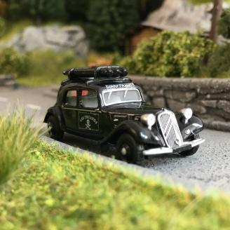 """Citroën Traction 11A 1935 """"Corps Franc - GAZ""""-HO 1/87-SAI 6182"""