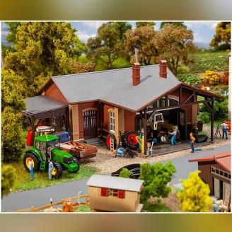 Atelier de machines agricoles-HO 1/87-FALLER 130579