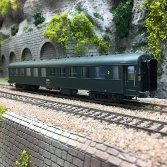 Voiture B10 UIC Ep IV SNCF - HO 1/87 - LSMODELS 40908