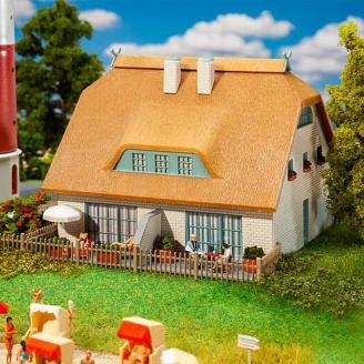 Maison à toit de roseaux - HO 1/87 - FALLER 130675