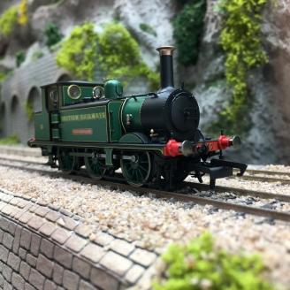 Locomotive BR, Terrier, 0-6-0T, 13 Carisbrooke, Ep IV -00 1/76- HORNBY R3848