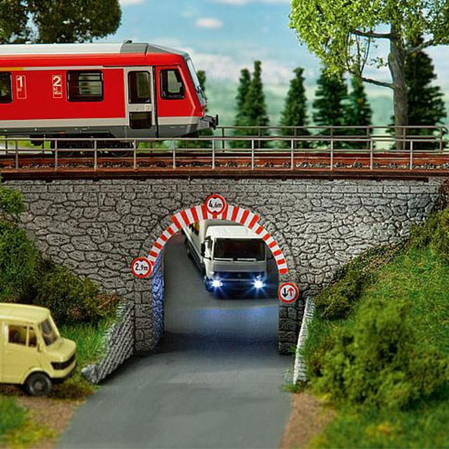 Pont à arc maçonné 1 voie-HO-1/87-FALLER 120498