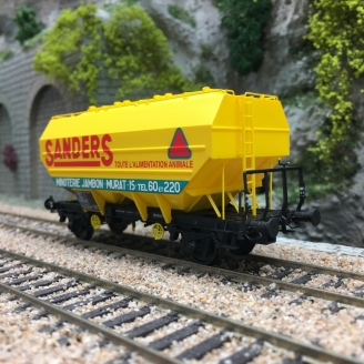 Wagon céréalier RICHARD SANDERS Ep III-HO 1/87-REE WB629
