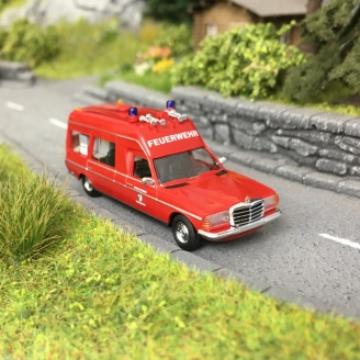 "Mercedes VF 123 Break rallongé ""Miesen"" Pompiers-HO 1/87-BUSCH 52210"
