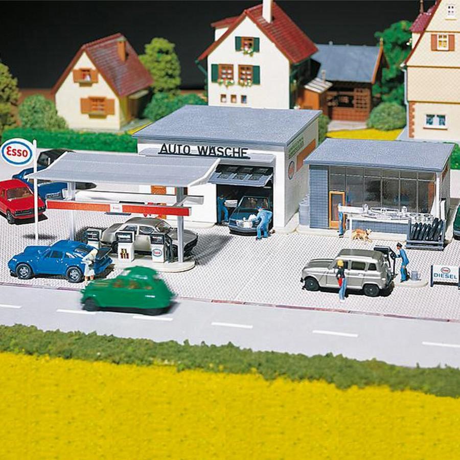 Station service et lavage-HO-1/87-FALLER 130296