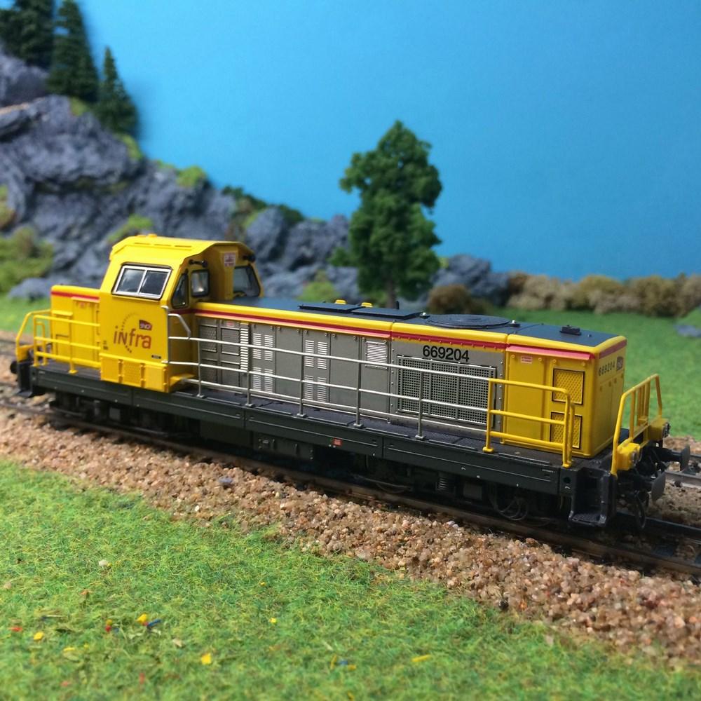 Locomotive diesel Jouef - BB669204 Infra - HO 1/87