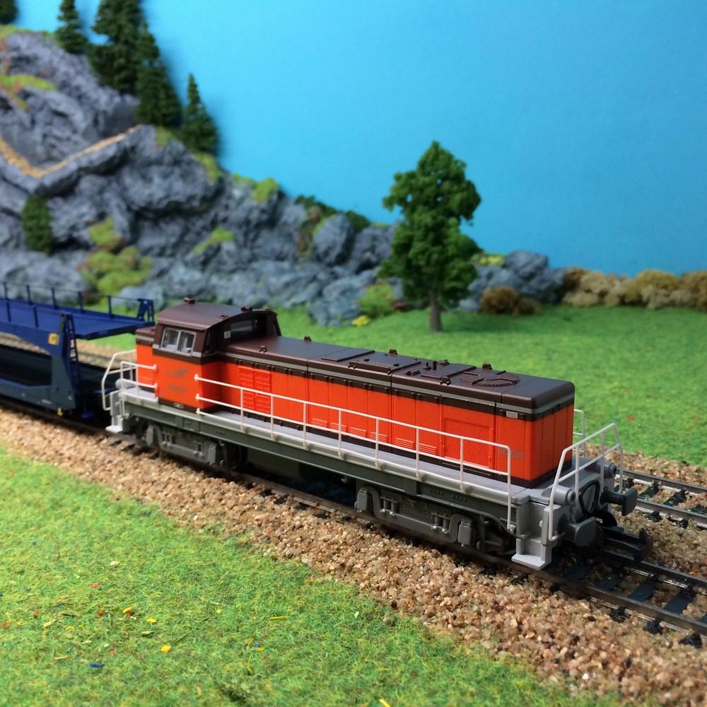 Locomotive diesel Piko - BB663695 ep V - HO 1/87