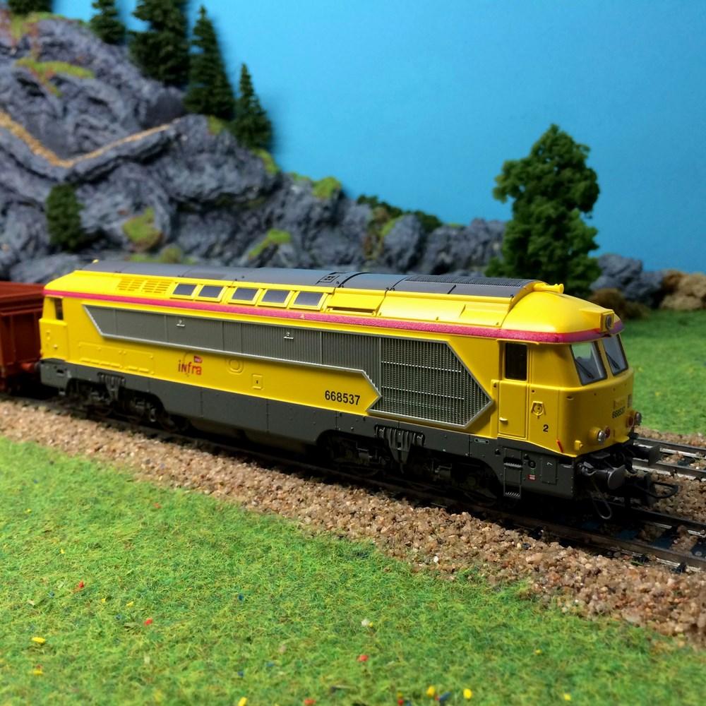 Locomotive diesel Roco - CC668537 infra - HO 1/87